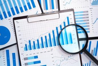 データ分析でよく言われる統計分析とは?