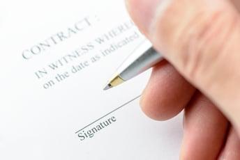 電子契約って何?法改正がもたらす新たな業務効率化