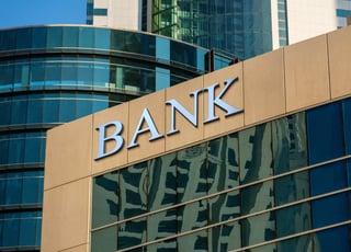 代金回収サービスが金融機関だけでは不十分な理由